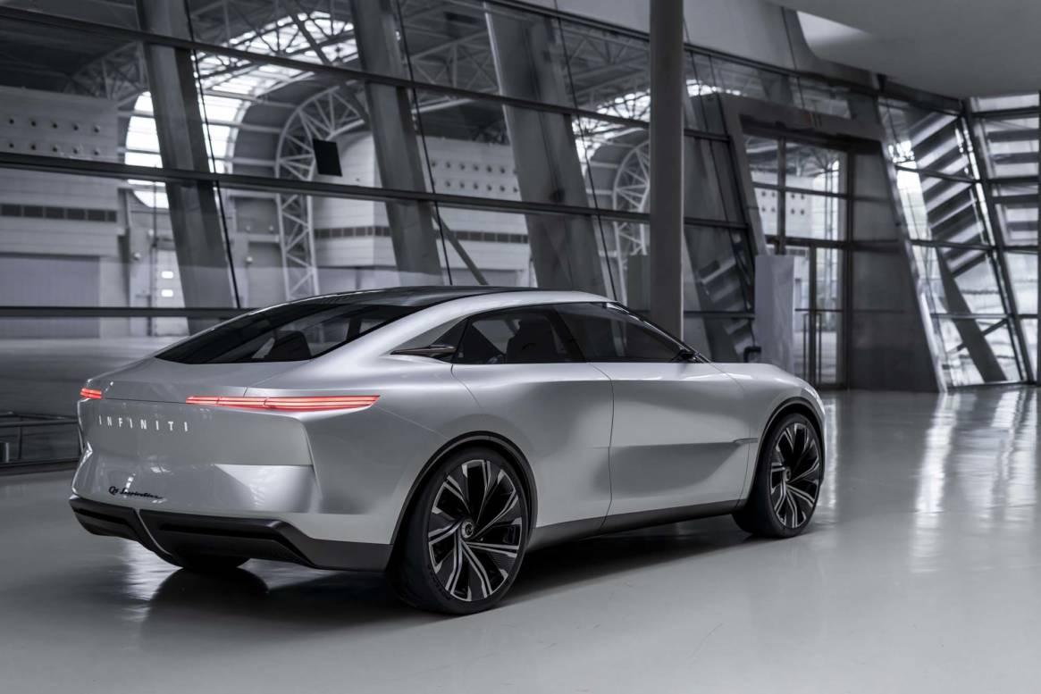INFINITI Qs Inspiration: Το μέλλον της ηλεκτροκίνησης μέσα