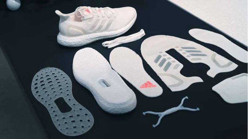79a5bb7d0a4 Τα πρώτα 100% ανακυκλώσιμα αθλητικά παπούτσια από την Adidas | Banks ...